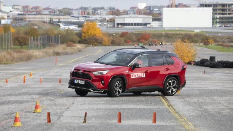 Toyota RAV4 Prime fails the moose test in Sweden