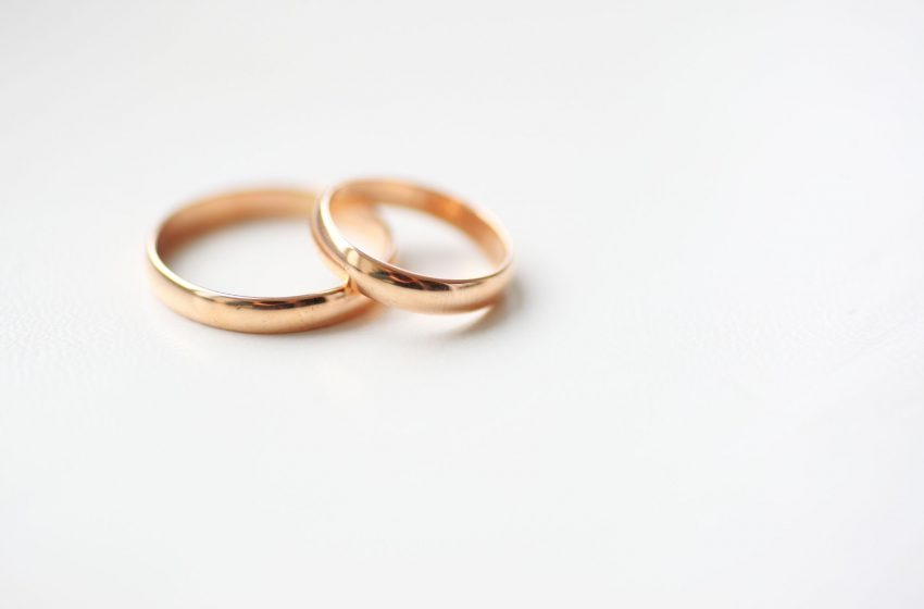 Are You (Legally) Responsible For Your Spouse's Debts? 5 Things To Know Before you decide to Marry A Bankrupt (Or you Are Married To One)